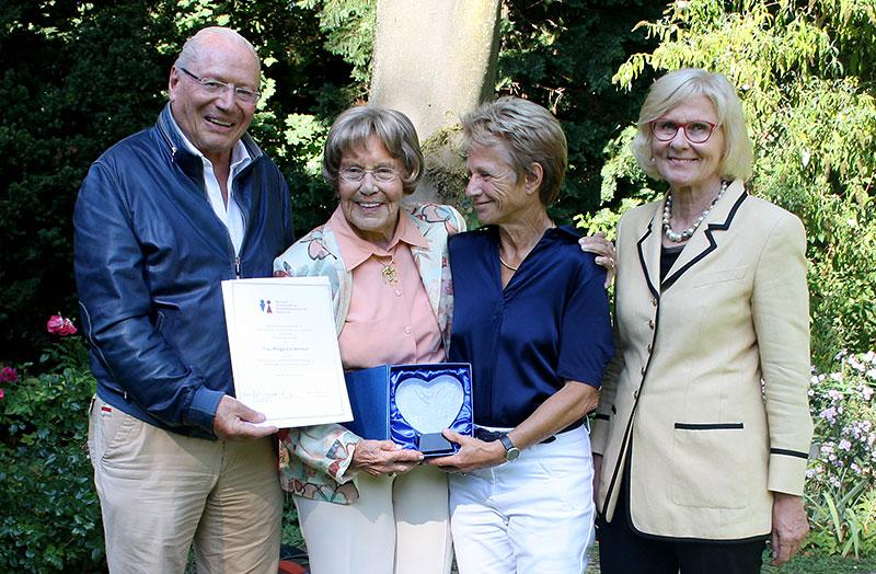 Ehrenmitgliedschaft für Frau Margarete Ammon