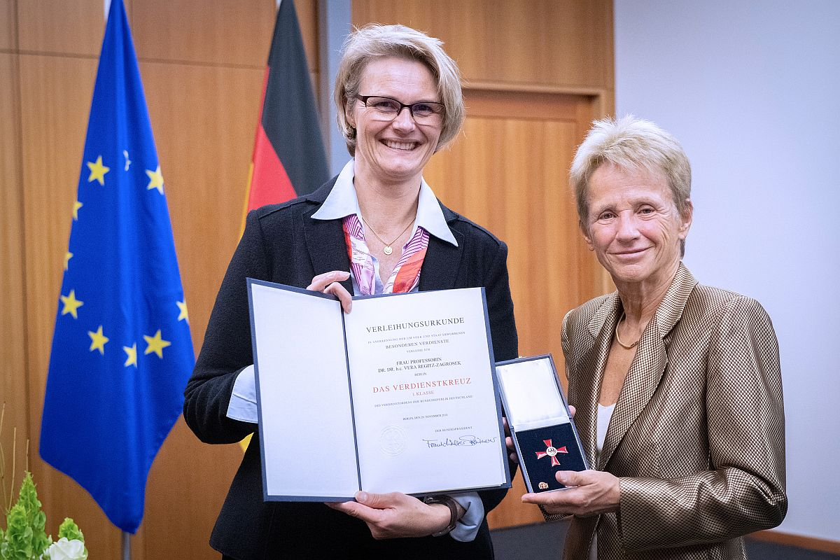 Bundesverdienstkreuz 1. Klasse für Fr. Prof. Dr. Dr. h.c. Vera Regitz-Zagrosek